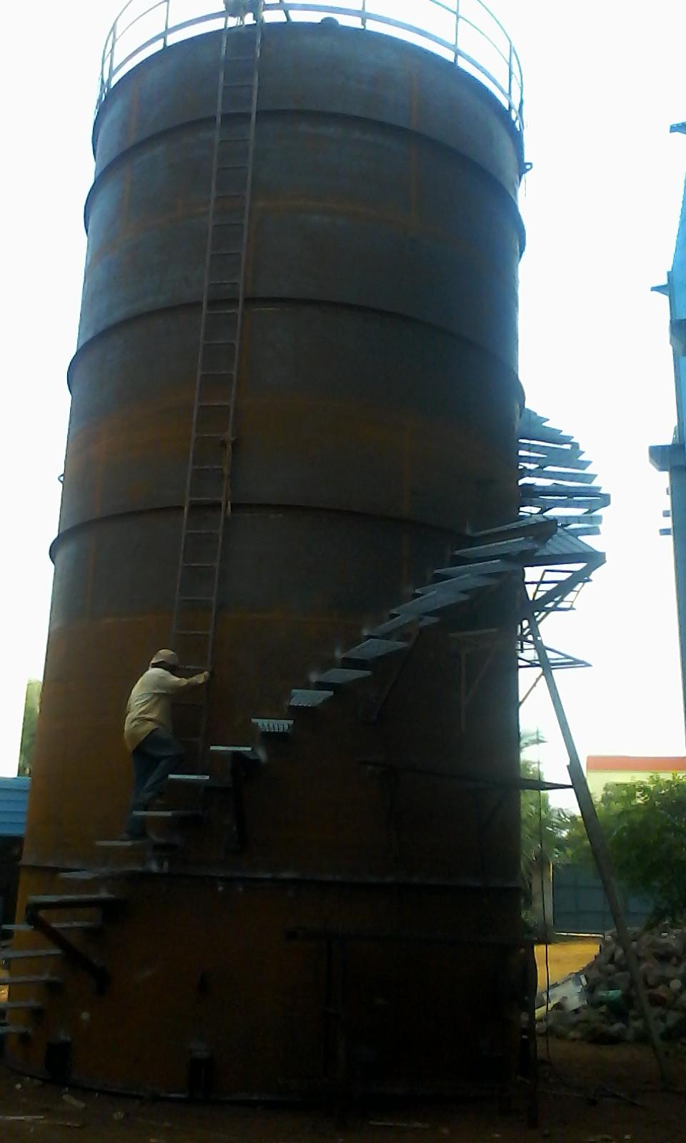 1. 170KL Lube oil Tank