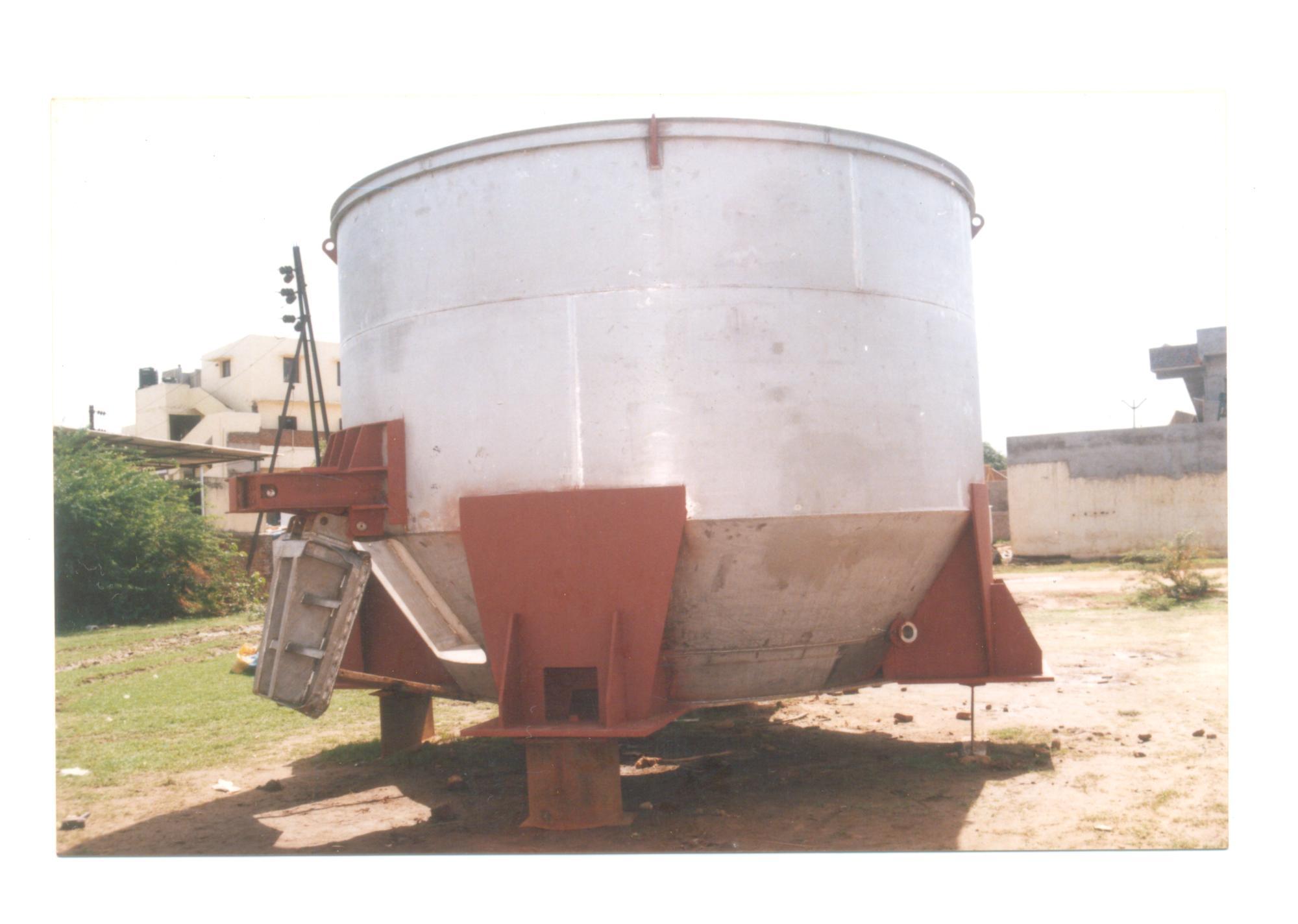 SS 304 Pulper Vat 4450DiaX 3400HT 1
